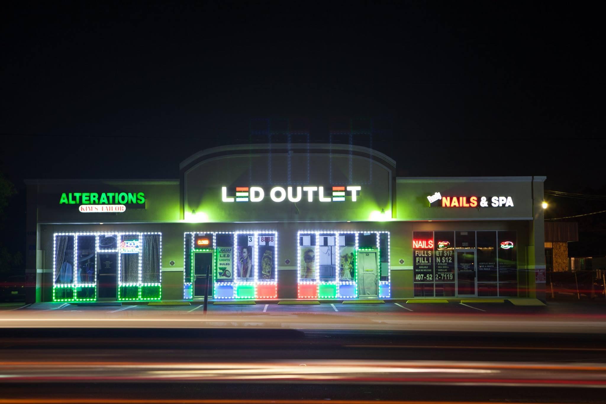 Image Gallery Storefront Lighting